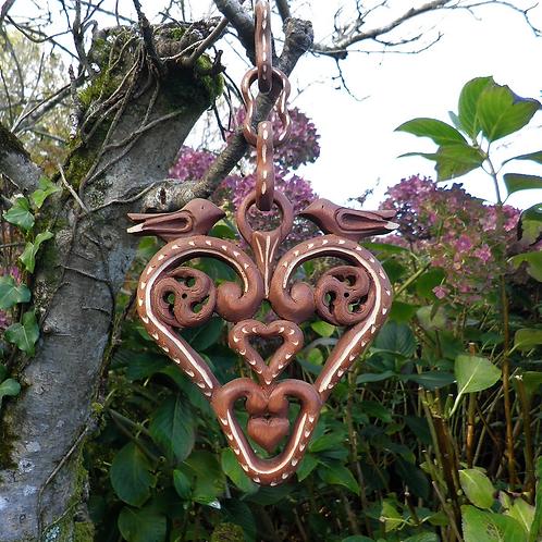Coeur de naissance à suspendre. Oiseaux ; triskells Celtes et coeurs .s