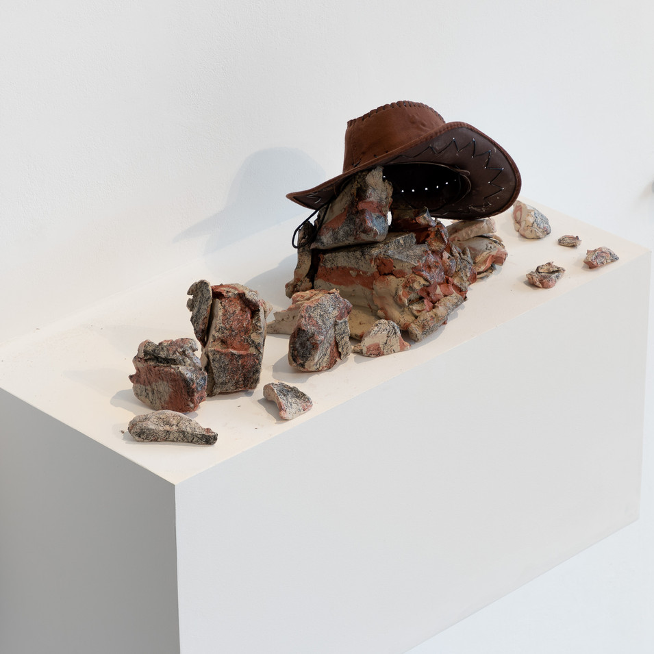 Nevada Smith (1966) (2020), approx. 100 x 35 x 50 cm, air-dried clay and found objects.Image courtesy Jules Lister