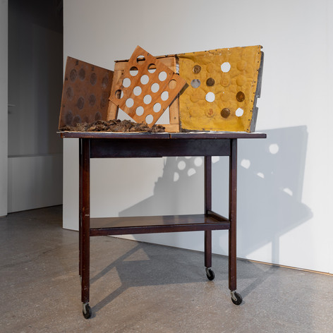 Presence and Absence (2020), 84 x 36 x 63 cm, found materials wood, linen, felt padding, and rubber balls. Image courtesy Jules Lister