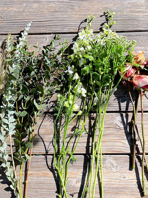 How To Arrange Flowers For Winter