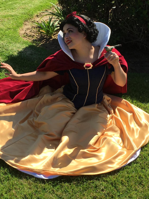 Rumor as Snow White