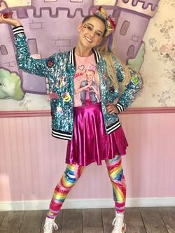 Lexie as Pop Star