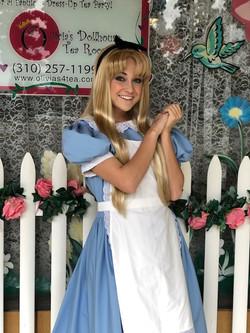 Lexie as Alice