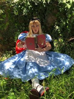 Rumor as Alice