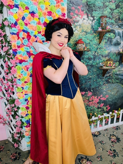 Robyn as Snow White