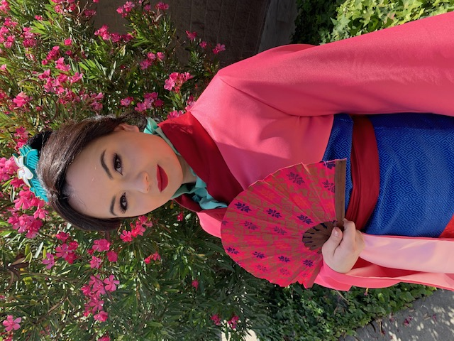Robyn as Mulan