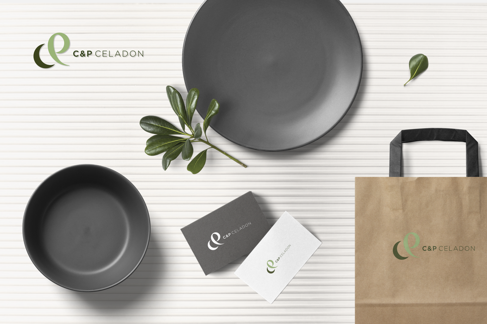restaurant-branding-mockup-scene@2x.png