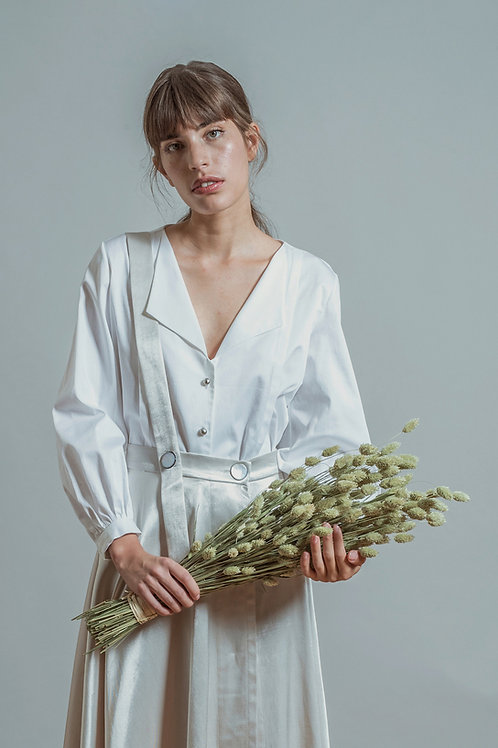 CLO - V-neck pleat detail shirt
