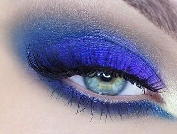 Lisa Moore-Makeup artist manchester
