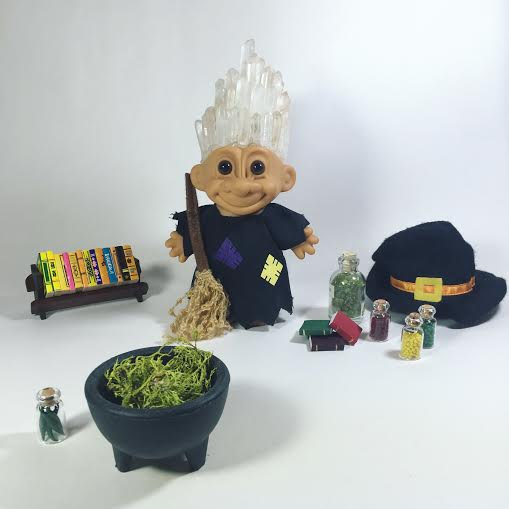 Witch Crystroll