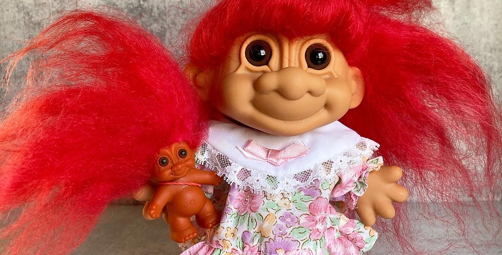 Giant Mama + Baby Troll Set