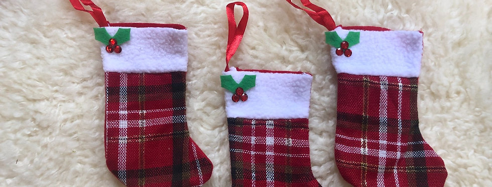 Tiny Plaid Stocking Add-On
