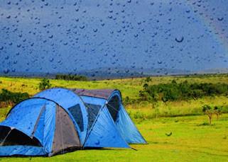 Acampar na chuva vai ser tudo de bom!
