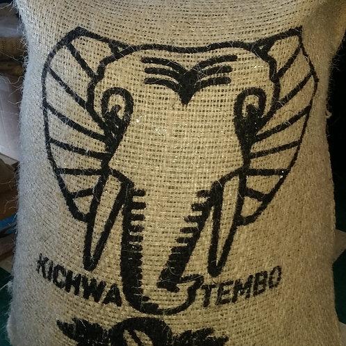Kenya: Kichwa Tembo