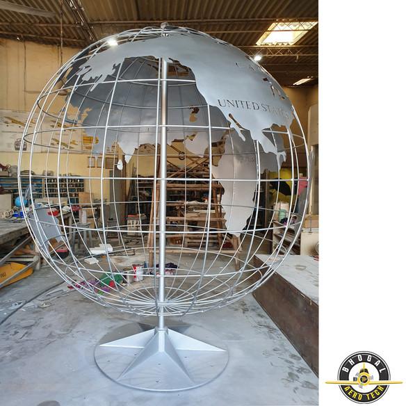 Globe 4.jpg
