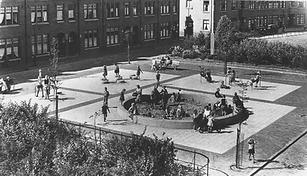 Aldo Van Eyck - Zaanhof Playground.png