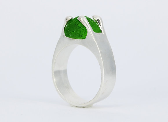 Sterling silver sea glass ring (size 7)