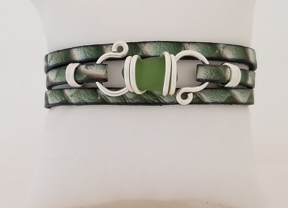 Naupaka green (light green) sea glass bracelet