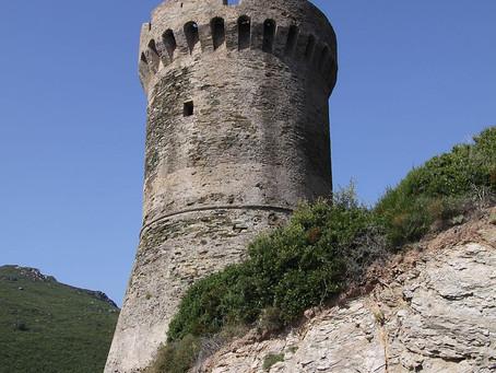 L'histoire des tours génoises en Corse