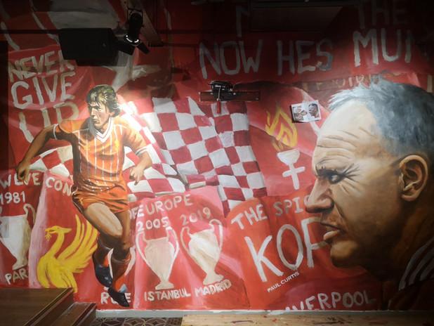 LFC legends Bierkeller mural