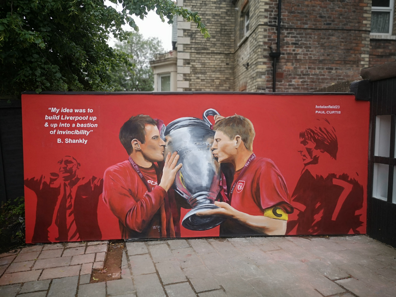 Paul Curtis' Gerrard and Carra mural