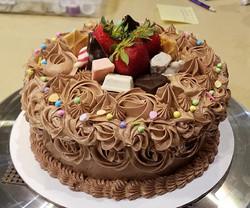 Chocolate birthday cake9