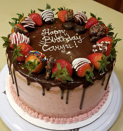 Vanilla Cake w/ Strawberry frostin