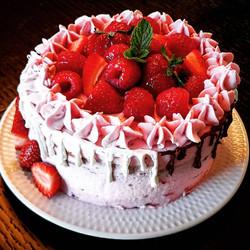 Strawberry Vanilla Cake