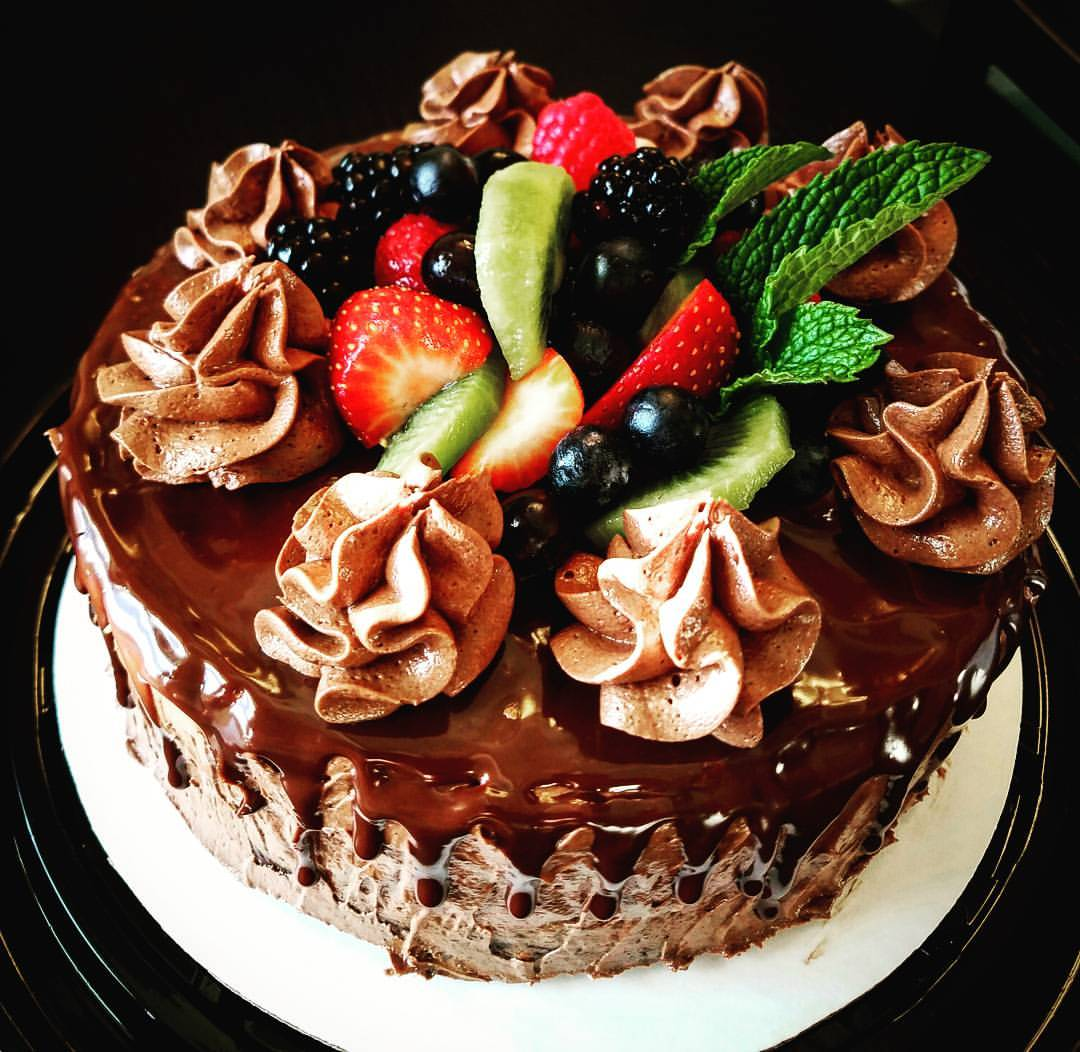 Chocolate Cake with Fruit Toppings