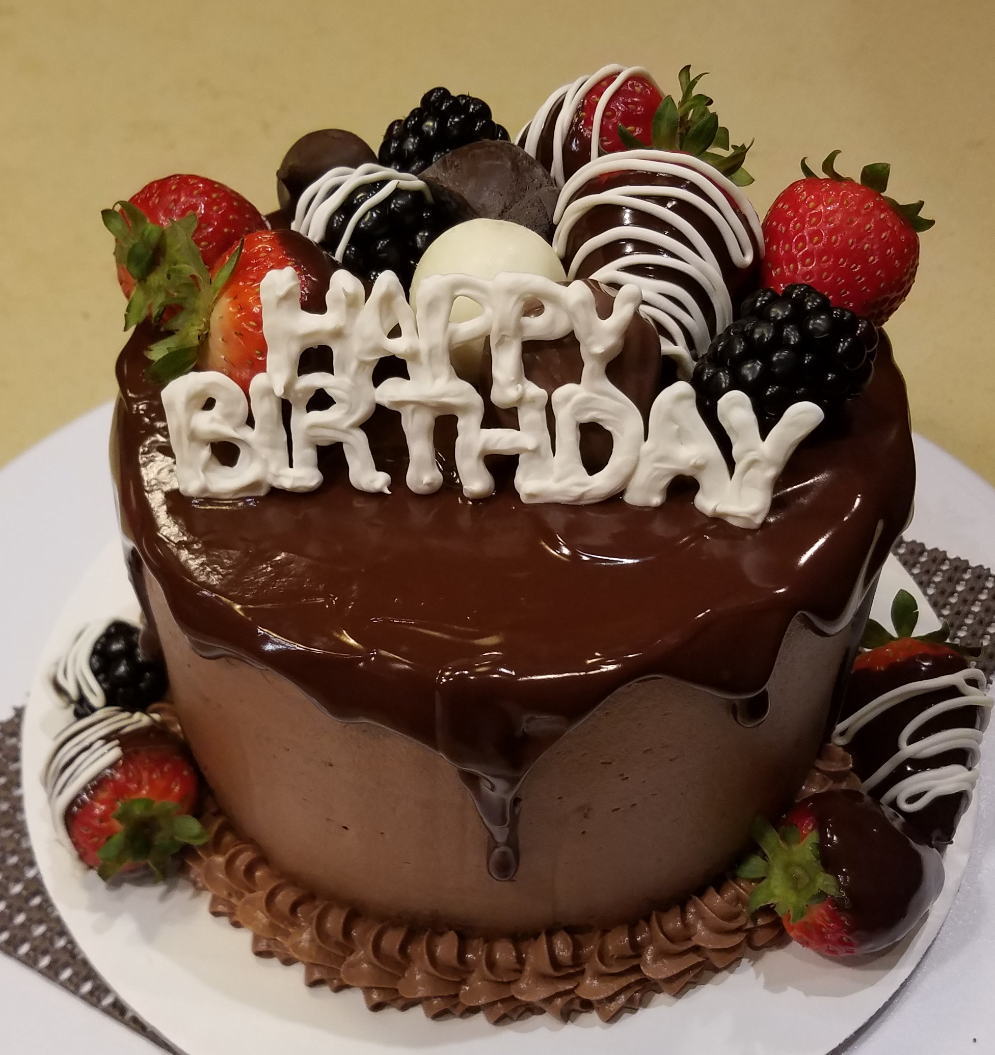 Chocolate birthday cake6