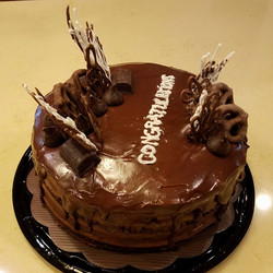 Supreme Chocolate Cake with Chocolate Mousse Filling2