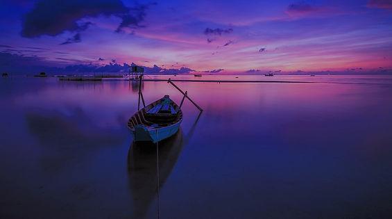 calm-dawn-landscape-33582_edited.jpg