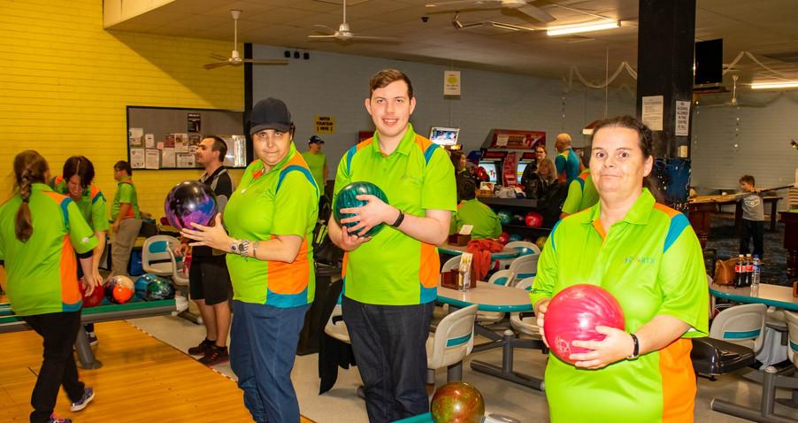 Tenpin bowling 1.jpg
