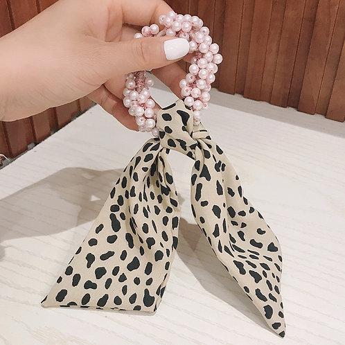 Beaded Leopard Beige Scrunchie