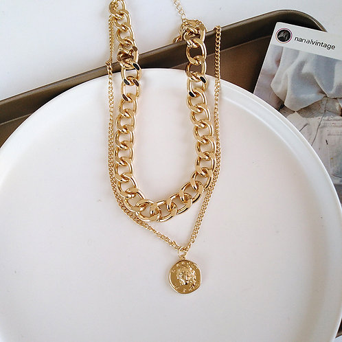 Hip Gold Necklace