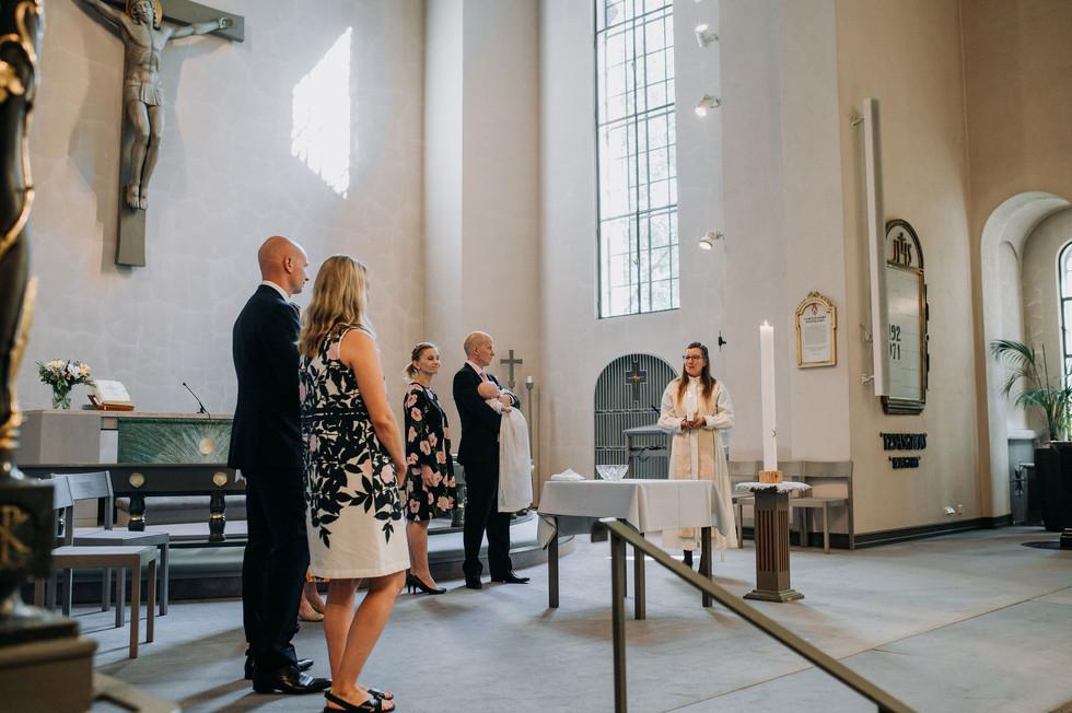 Kastejuhla | ristiäiskuvaus Helsinki