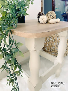 FARMHOUSE TABLE CORNER.jpg