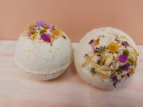Cleanse and revitalise pregnancy bath bomb