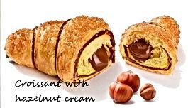 Croissant maxi with hazelnut cream.jpg