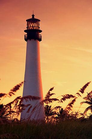 Miami Faro en la puesta del sol