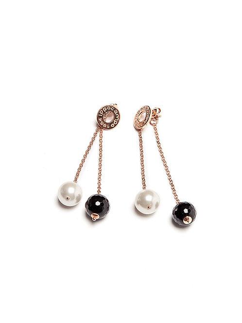 Orecchino pendente doppio perla e nero