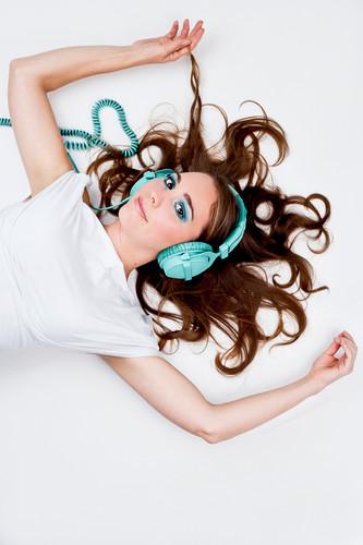 Lisa Kay - Dj Vocalist
