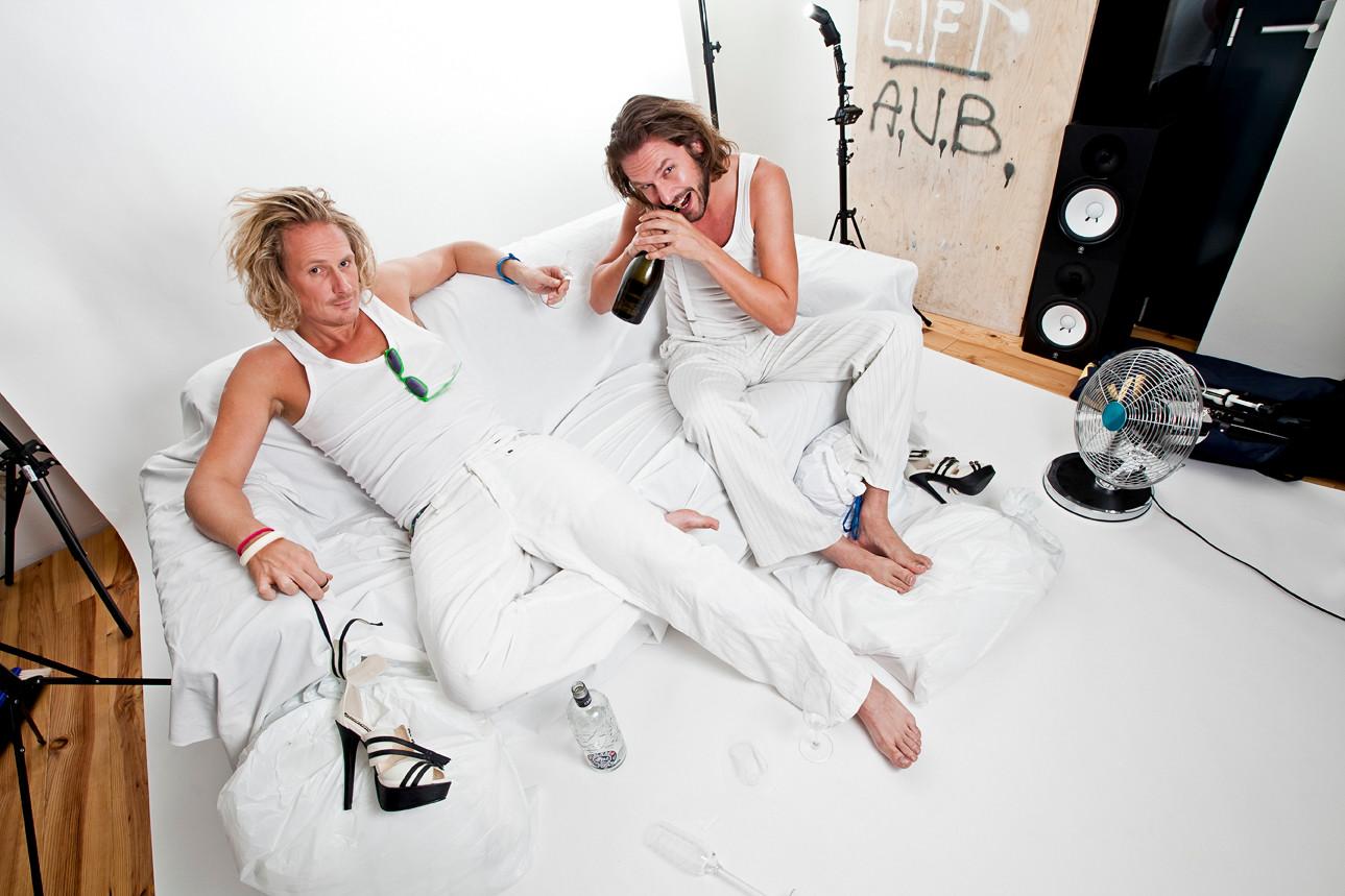 Wife Beaters - Dj Duo