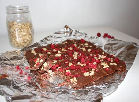 Cashew Raspberry Fudge (Paleo,  Vegan, & No-Bake)