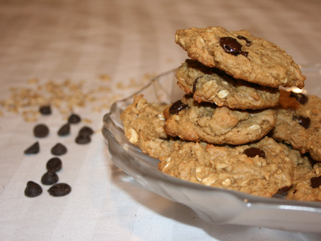 Peanut Butter Oatmeal Chocolate Chip Cookies (Vegan & Gluten Free)