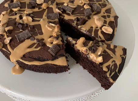 Paleo Chocolate Cake (Nut free option)