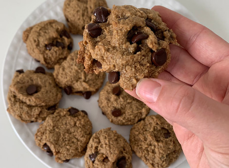Perfectly Paleo Chocolate Chip Cookies (vegan + nut free opt)