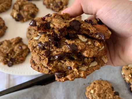 Healthy Oatmeal Trail Mix Cookies (vegan, gf, + nut free opt)