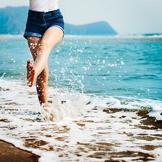 girl splash beach.jpg