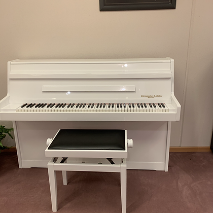 tweedehands piano